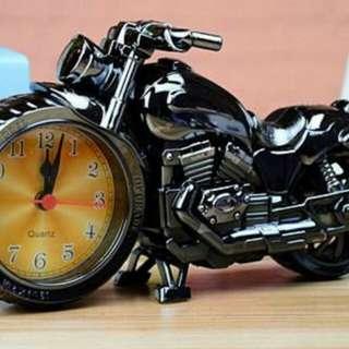 🚚 復古造型摩托車鬧鐘、時鐘