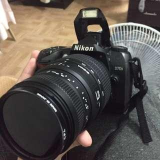 Nikon D70s DSLR CAMERA