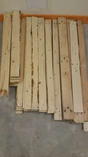 Used pallet pine wood cacat 2