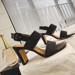 絨面馬毛拼接短靴女尖頭鞋春秋2017新款韓版裸靴細跟側拉鏈馬丁靴