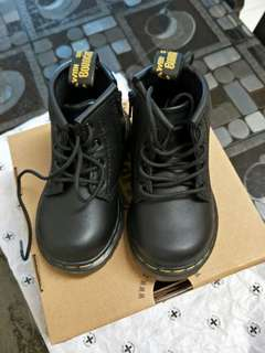 INFANTS BROOKLEE B SOFTY T DR. MARTENS