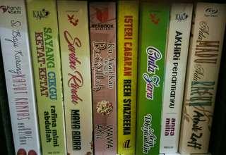 Preloved books..