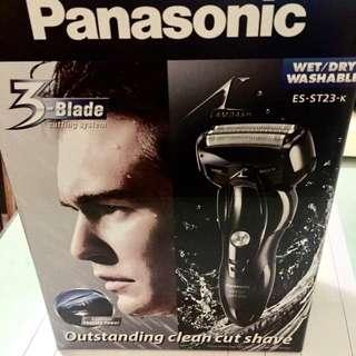 Panasonic LAMDASH超高速磁力驅動電鬚刨