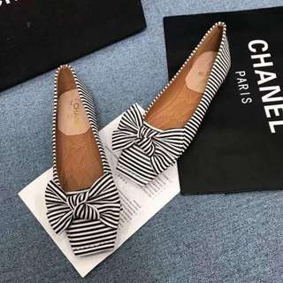 CHANEL BOW FLATS