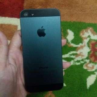 Iphone 5 16gb black turun harga 😄😄