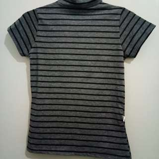 Turtle Neck Shirt Garis Hitam