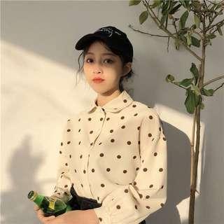 《早衣服》1212聖誕節🎄韓國早春顯瘦百搭甜美少女波點圓點長袖襯衫打底衫(預)