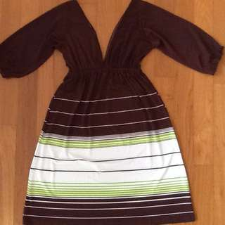 Brown Three-quarter Sleeve Dress