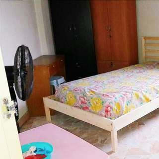Tampines east room for rent