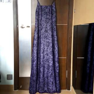 Canadian made purple mesh lace gown with velvet details 加拿大製紫色莉絲華麗晚裝連身長裙