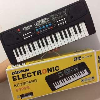 [SOLD OUT] 37 Keys Mini Electronic Keyboard ( Piano )