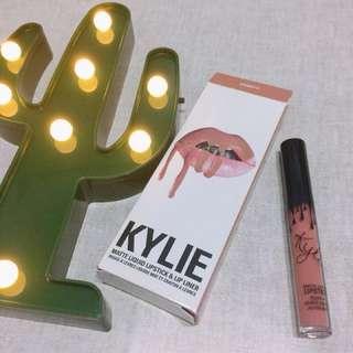 Kylie matte liquid lipstick  霧面液態唇彩-Candy k