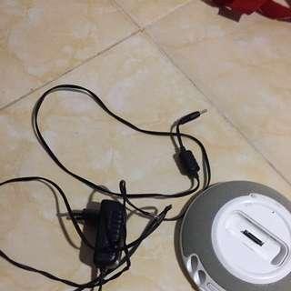 JBL Speaker khusus ipod dan iphone 4