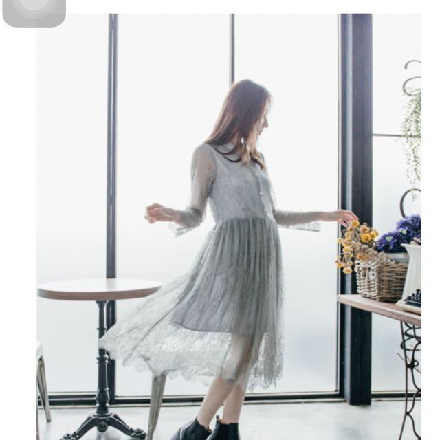灰色蕾絲長裙