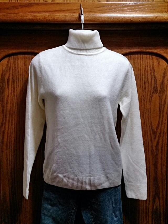韓國製 乳白色針織高領長袖上衣