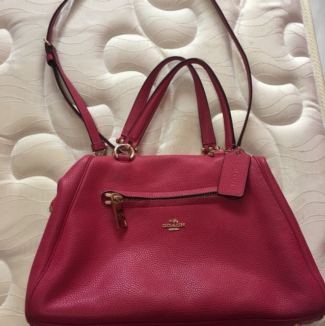 8649cb8f4d A one year old coach bag.. I still have the receipt.. a little bit stain at  the back pls refer on the last pic thank u..