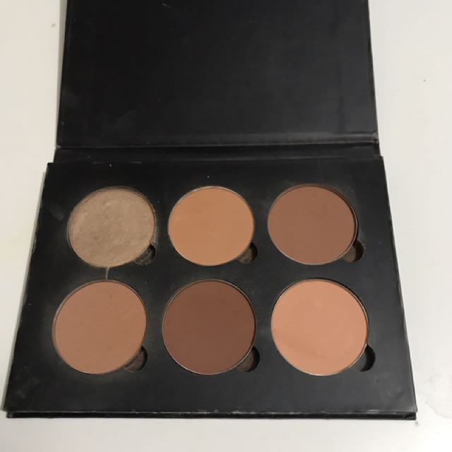 Anastasia Contour Kit Medium to Tan