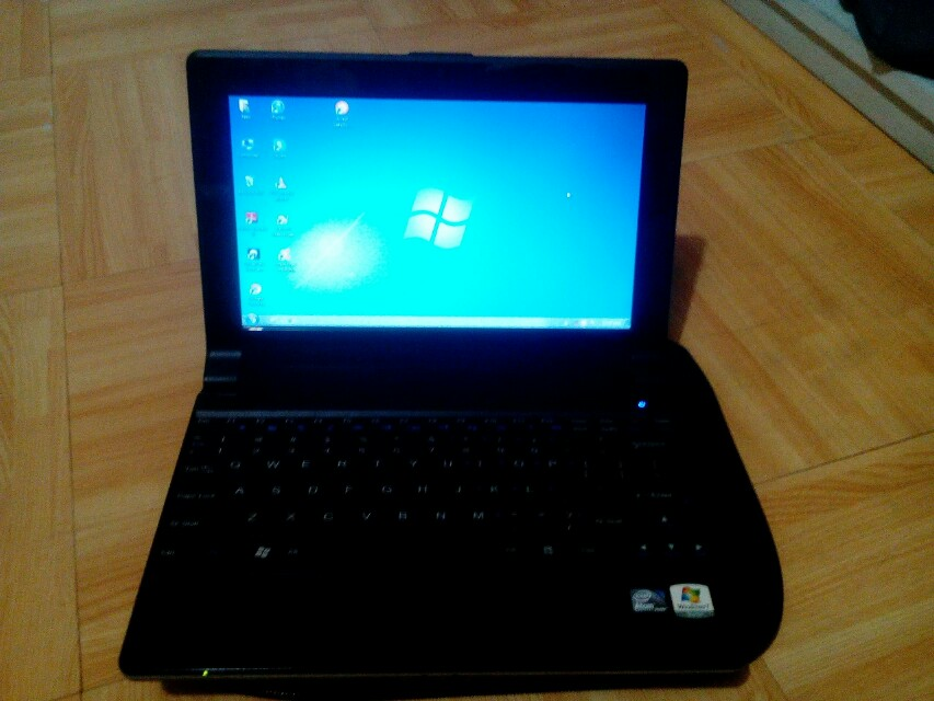 Asus Neo B3230 Netbook