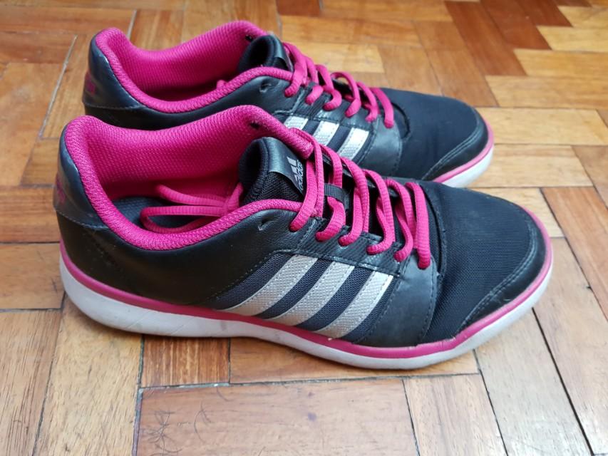 Authentic Adidas training shoes Essential Fun W