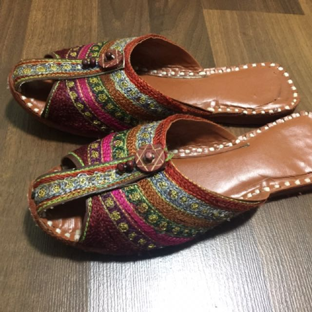 17564c6a11df Beautiful traditional indian slippers