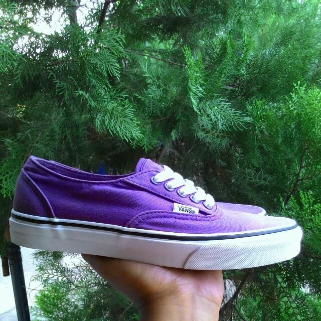 8103bce943a2 Bismillah for sale Vans Authentic Plum purple - True White size 38 ...