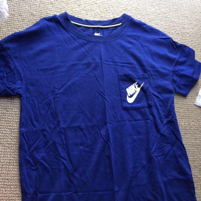 Blue Nike top