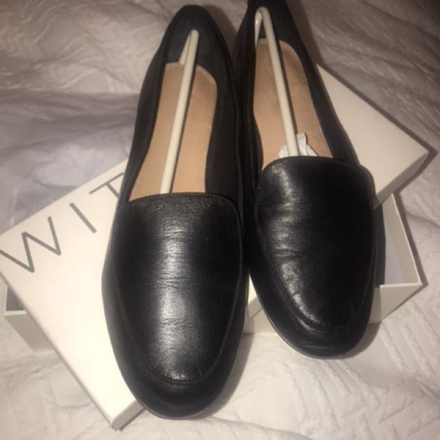 BNIB Black leather loafers