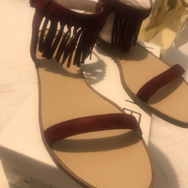 BNIB Witchery sandals size 41/10