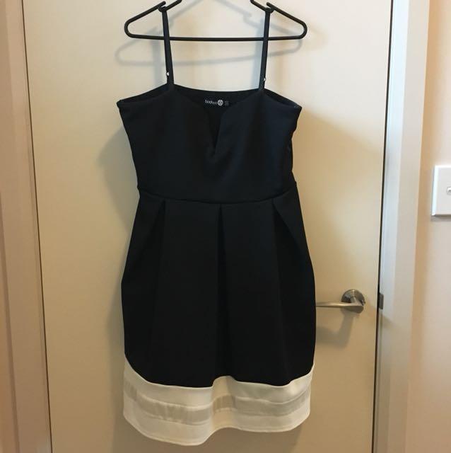 Boohoo black and white dress size 18