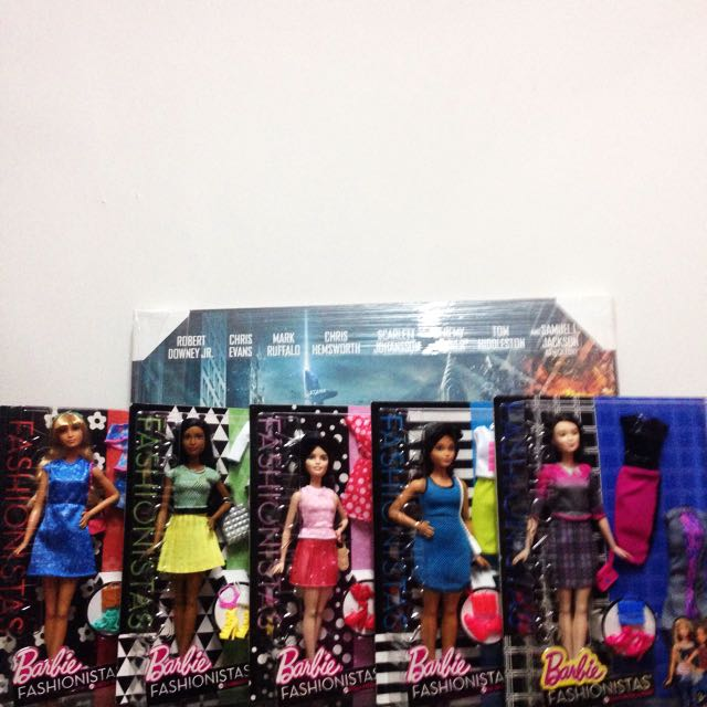 Deluxe Fashionistas Barbie Set Of 5