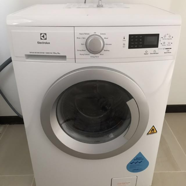 Electrolux washer dryer model EWW12746 Home Appliances on Carousell