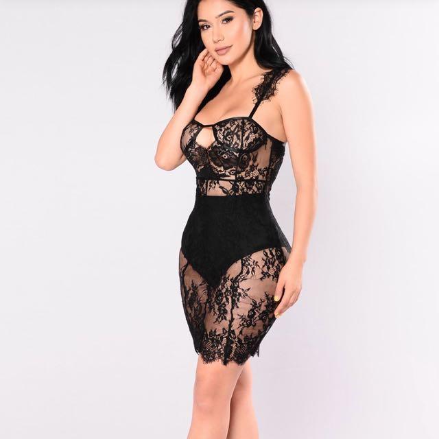 Fancy lace dress fashion nova