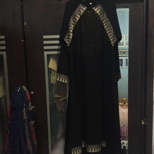 Gamis atau long dress