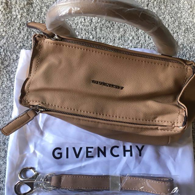 Givenchy Pandora (mini)