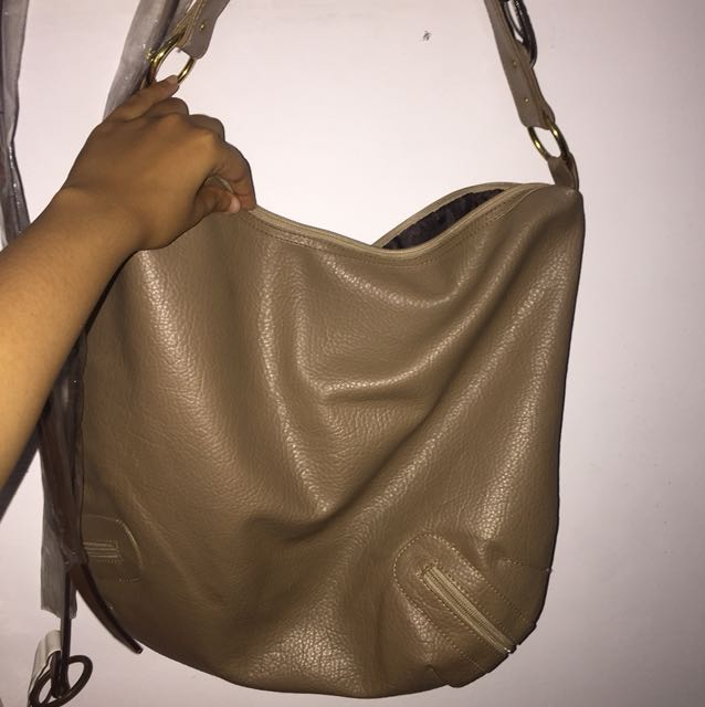 Handbag / Tas Tangan With Ring