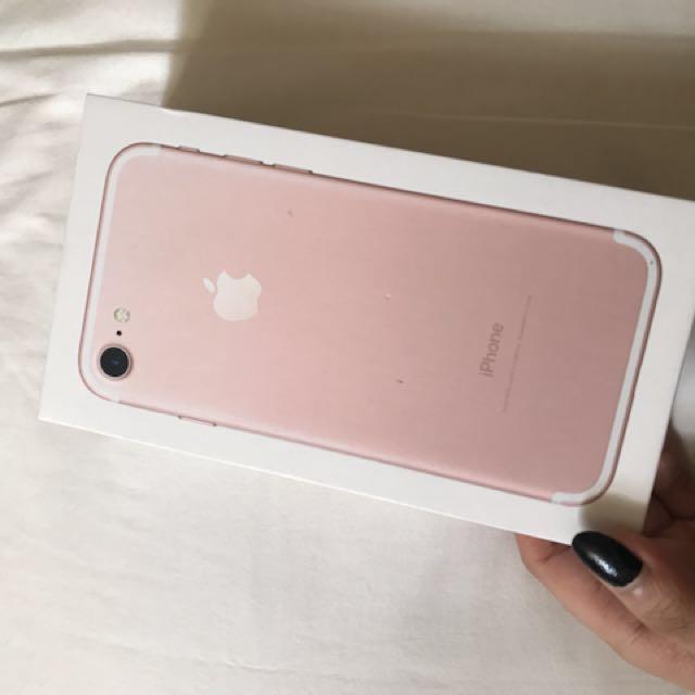 iphone 7 128 GB (Rose Gold)