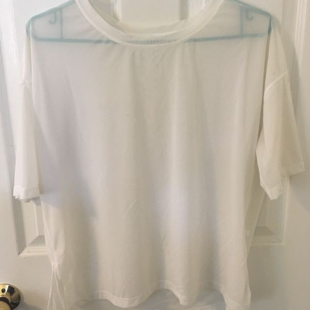 Lululemon White Power Mesh T shirt size 8