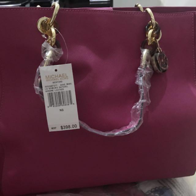 20ad6d7e4ecc Mk bag michael kors, Women's Fashion, Bags & Wallets on Carousell
