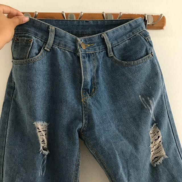 MOM JEANS size 27
