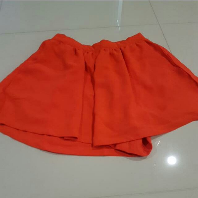 Mooloola skorts orange size 8