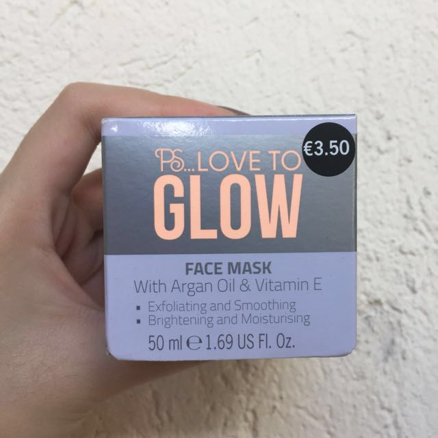 PS Love to Glow Face Mask