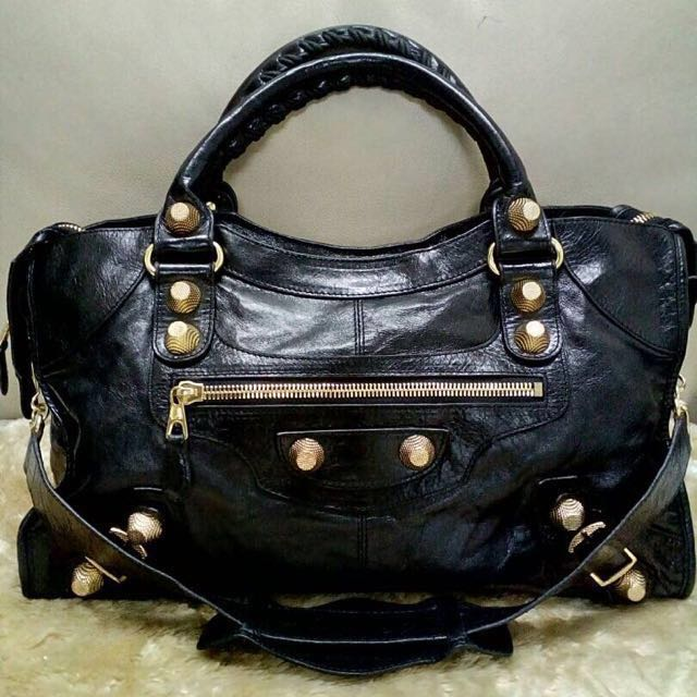 86df25b053b4 (Reduced Price)Authentic Balenciaga giant 12 gold city shouler bag black