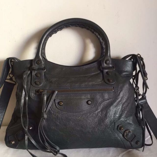 Reprice 9jt only — Balenciaga Town Anthracyte