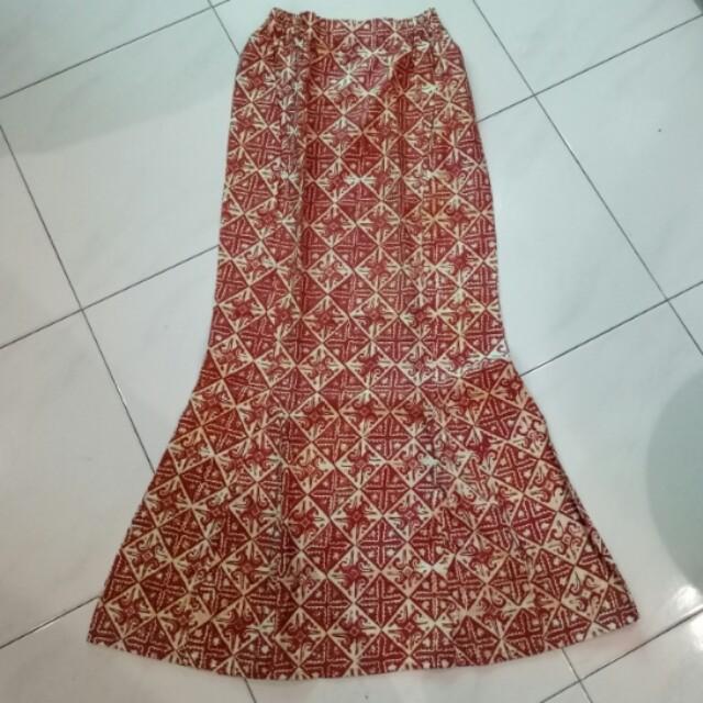 Rok Duyung Batik Women S Fashion Women S Clothes On Carousell