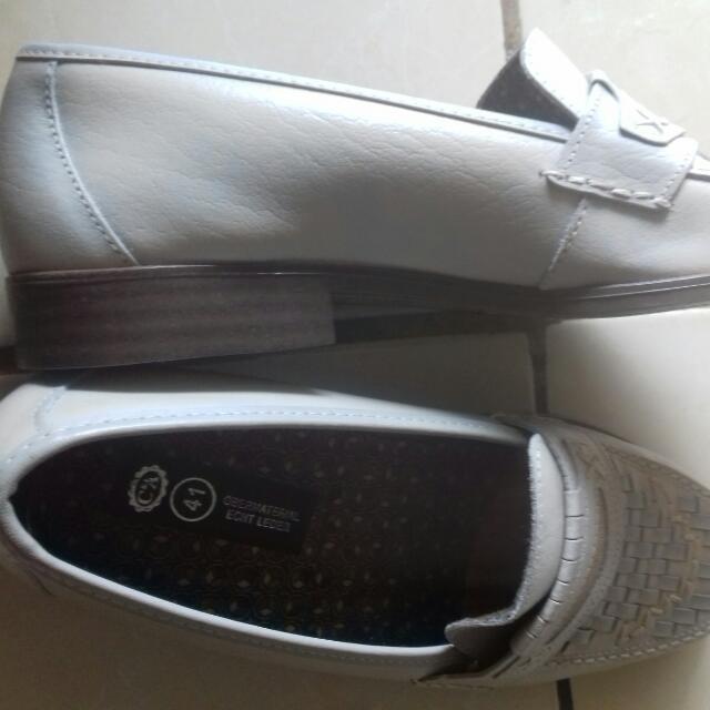 Sepatu Kulit New