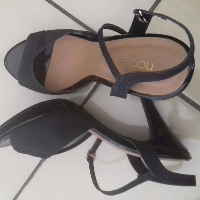 Sepatu Sandal Noche