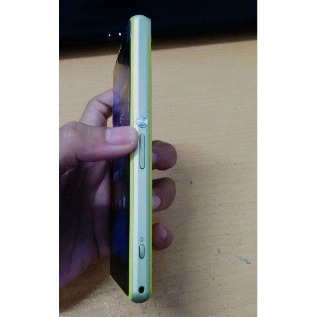 Sony Xperia Z1 Compact D5503 16gb Putih Daftar Update Harga Port Usb Charger 1set C6903 Docomo Global Original Mini Pernik Kuning Elektronik Telepon Seluler Di Carousell