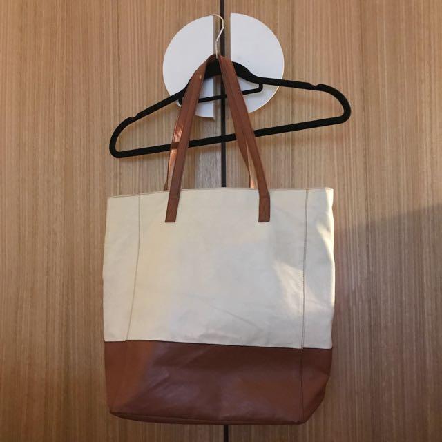 Tan and white big tote bag