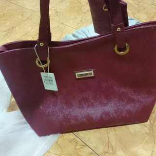 Charles and Keith Kw super good quality