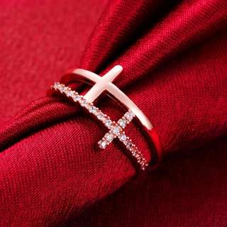 Fashion Classic Cross Crystal Ring